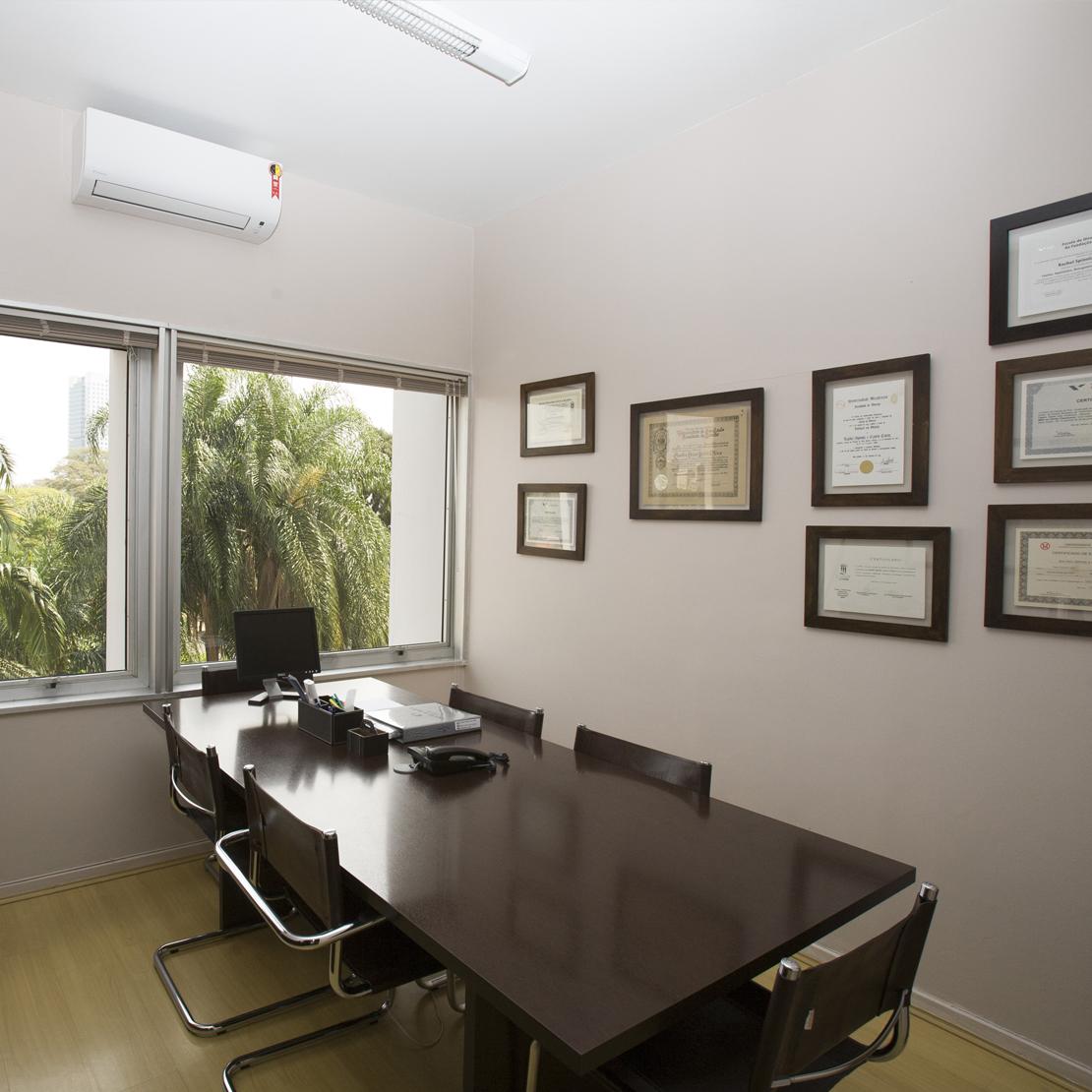 escritorio-de-advocacia-canto-e-oliva-sala-de-reuniao-2